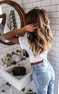 Picor, Caspa en el cabello